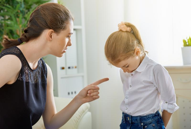 صورة التربية الايجابية , اساليب الثواب والعقاب