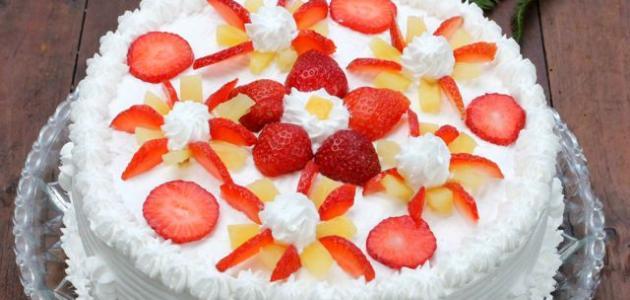 صور تزيين الكيك بالفواكه , اسهل طريقة لتزيين الكيك بالفاكهة