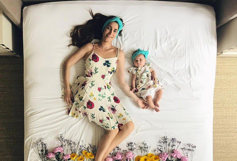 صورة صور ام وطفلتها , رمزيات ام وطفلها للواتس اب