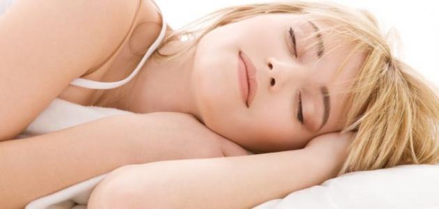 صورة عدد ساعات النوم الكافية , كم من الوقت احتاج ليستريح جسمي