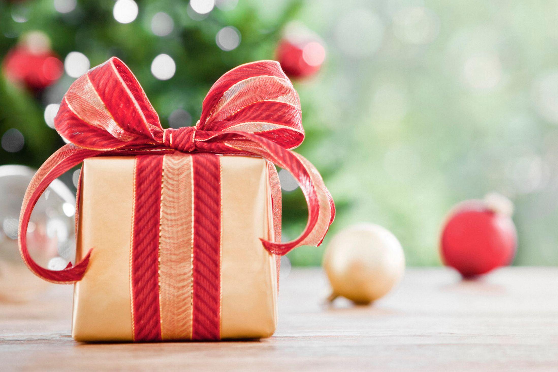 صورة ما هي الهدايا التي تحبها البنات , صور هدايا بنات