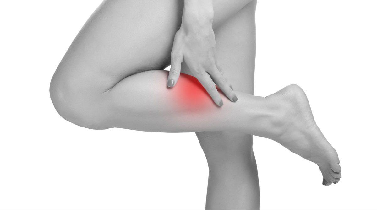 صورة اسباب الشد العضلي في الساق اثناء النوم , للشد العضلي اسباب كثيره