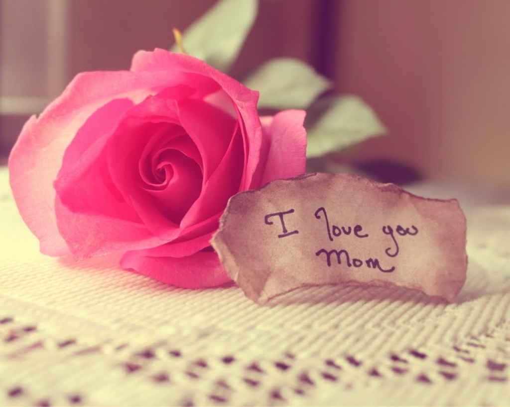 صورة قصايد عن الام , اقل تعابير عن الحب للام