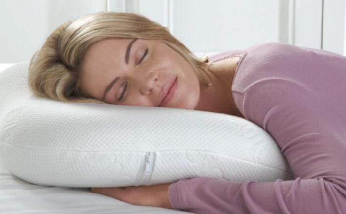 صور لماذا لا يجب النوم على البطن , اضرار النوم علي البطن