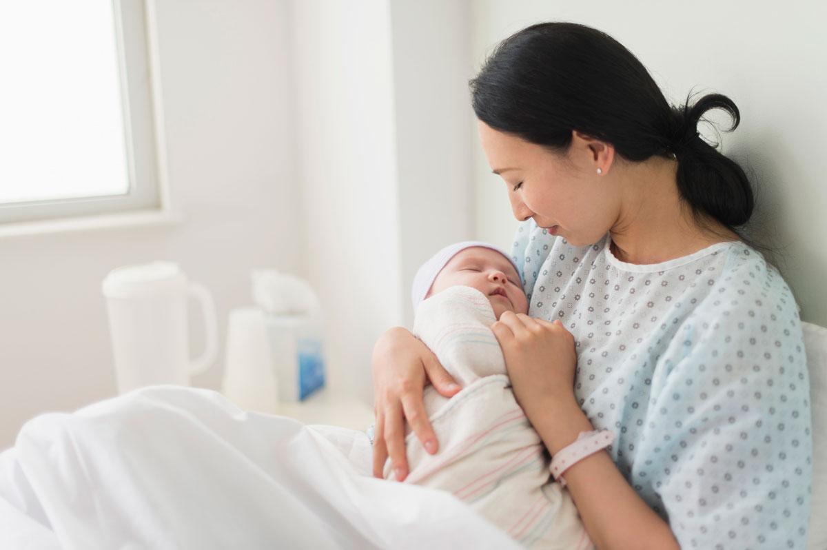 صور الولادة في البيت , وضع المراءة في المنزل