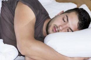 صورة اسباب تعرق الراس اثناء النوم , اسباب وعلاج مشكلة فرط التعرق على فروة الراس
