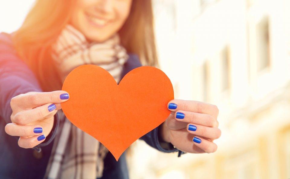 صور الوقوع في الحب , علامات تدل على انك تحب
