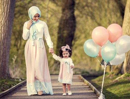 صورة صور ام مع اطفالها , رمزيات ام وابنائها للفيس بوك