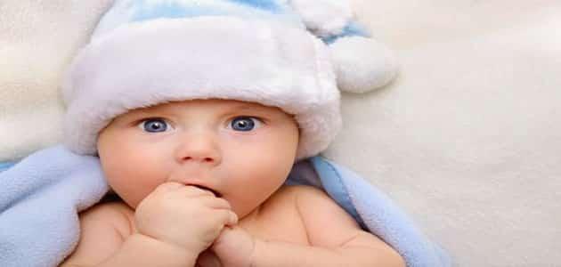 صورة طفل يمشي في المنام , تفسير مشي الرضيع لابن سيرين