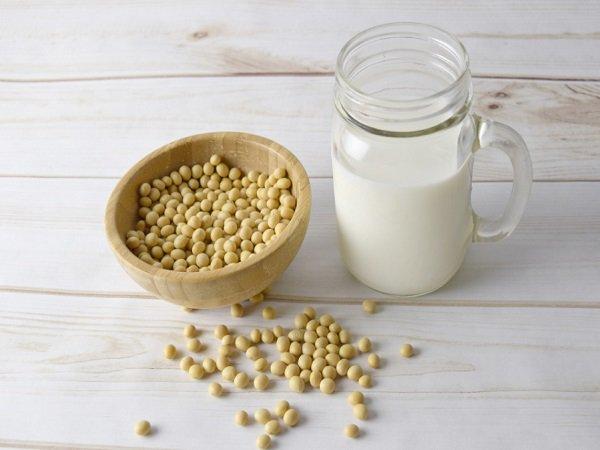 صورة حليب الصويا للتسمين مجرب , وصفات حليب الصويا لتكبير الثدي و الارداف