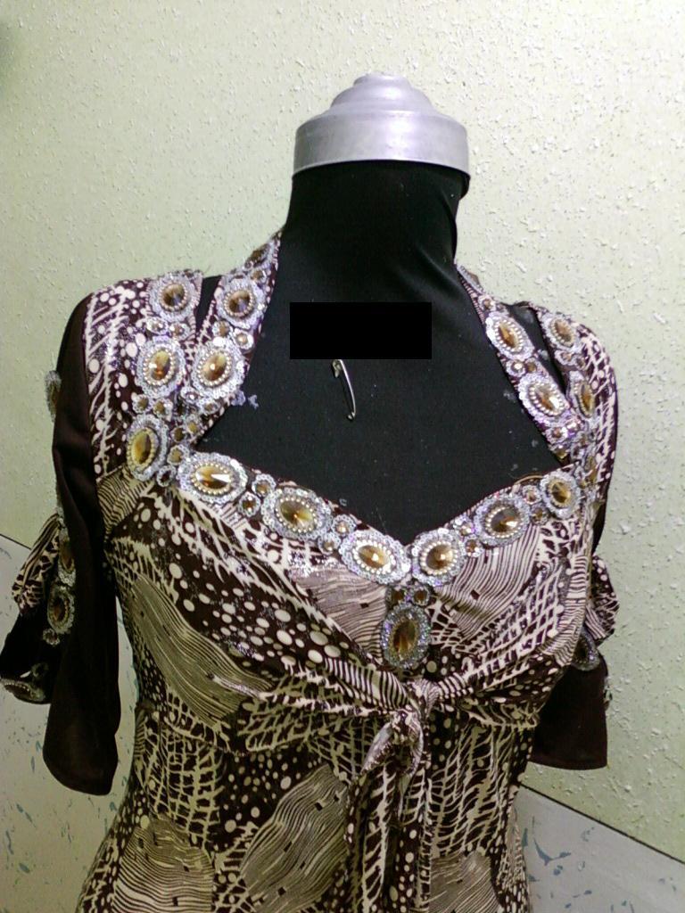 صورة قنادر جزائرية عراسي , اجمل ملابس للعروسه في البيت