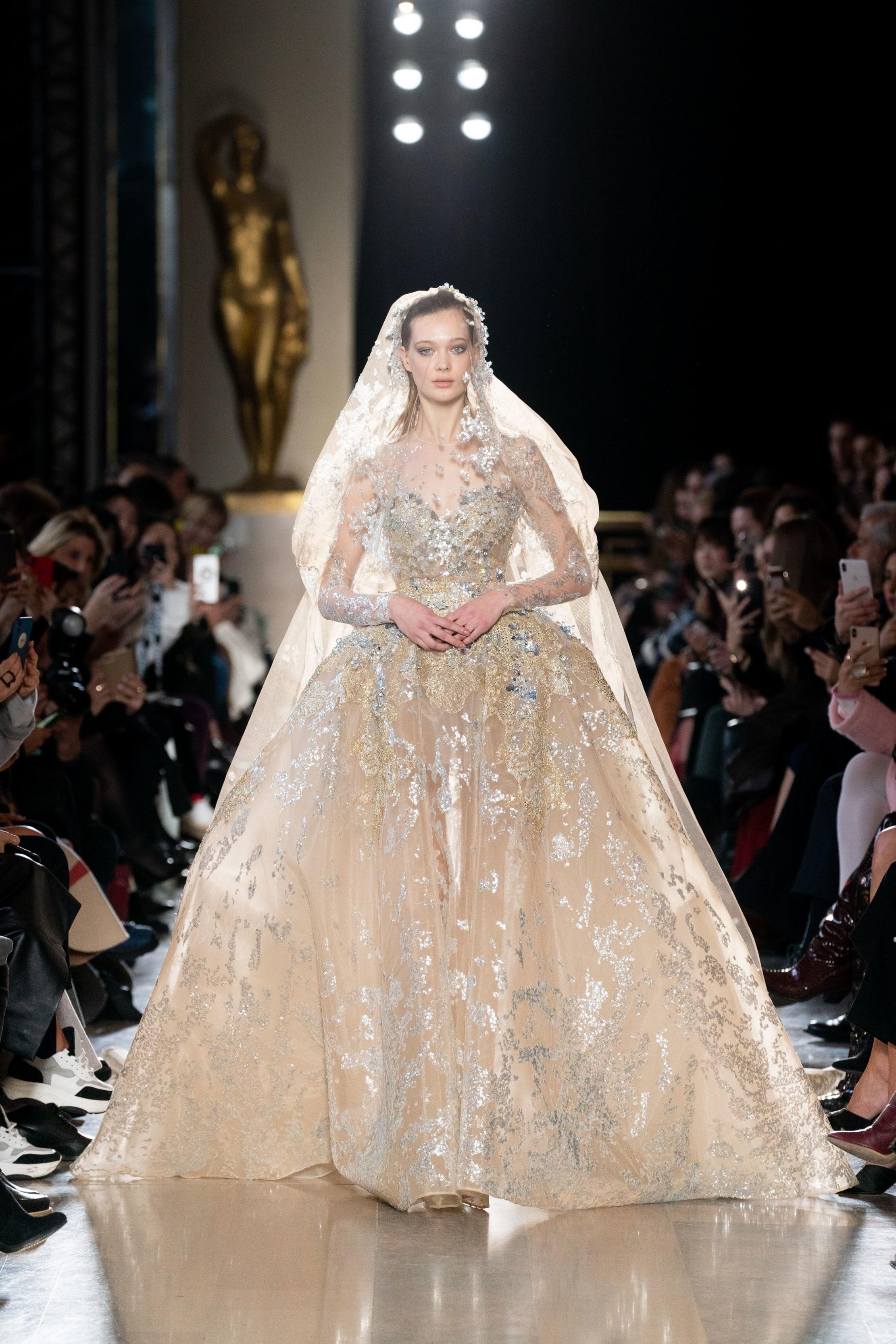 صورة تصميم فساتين زفاف , اجمل اطلالة في فرحك 5122 1