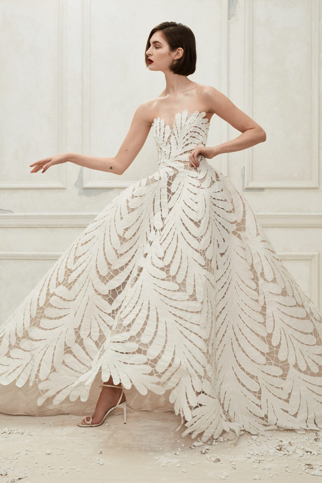 صورة تصميم فساتين زفاف , اجمل اطلالة في فرحك 5122 4