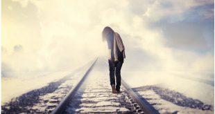 صورة صور لاشخاص حزينه , الحزن ورؤيه اشخاص جزينه