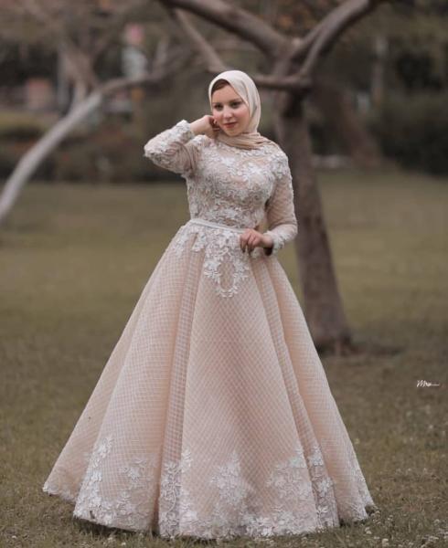 صورة فساتين سواريه محجبات 2019،موديلات عصريه لفساتين السهرات 3278 7