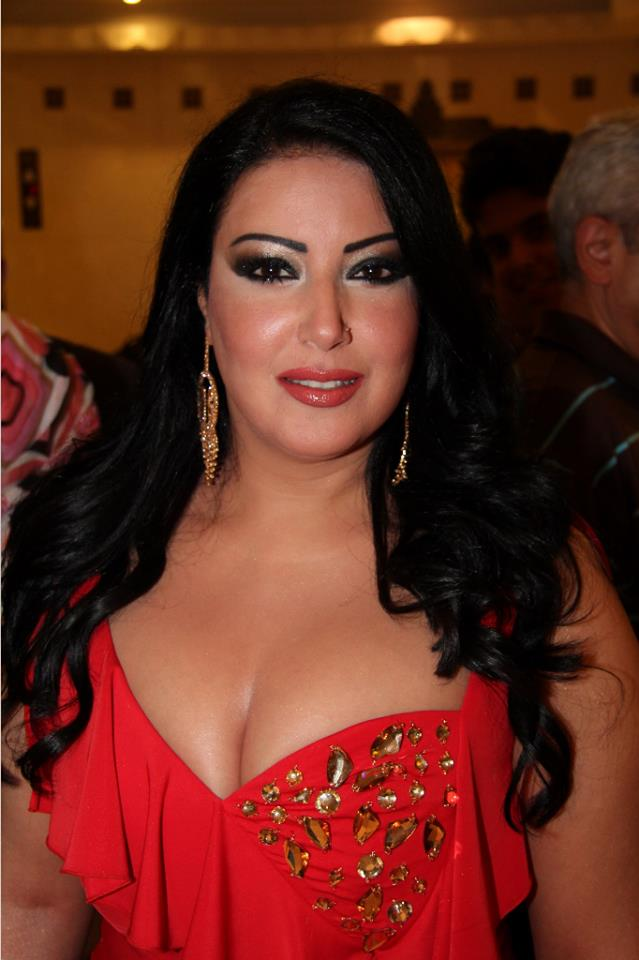 صورة فستان سميه الخشاب , سميه الخشاب واحدث فستان لها
