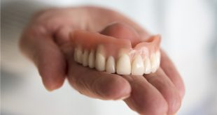 صورة اضرار تركيبات الاسنان المتحركة , عواقب الاسنان المركبه واخطائها