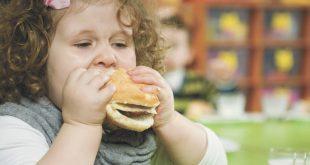 صورة خطوات طفلي نحو الطعام  , متى يبدا الطفل بالاكل 2056 3 310x165