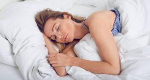 النوم على الجانب الايمن